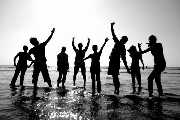 To have relations with friends by zodiac personality