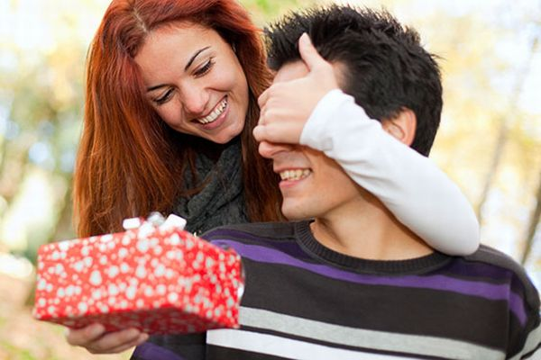 Gifts for Boyfriend to Revive Your Stale Relationship