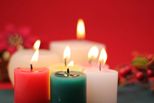 9 points to choose aromatherapy candles as a present