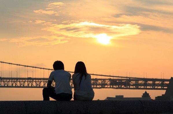 7 ways to attract love and enjoy fulfilled happiness