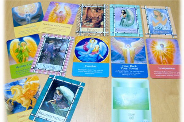 7 ways to use angel card reading when depressed